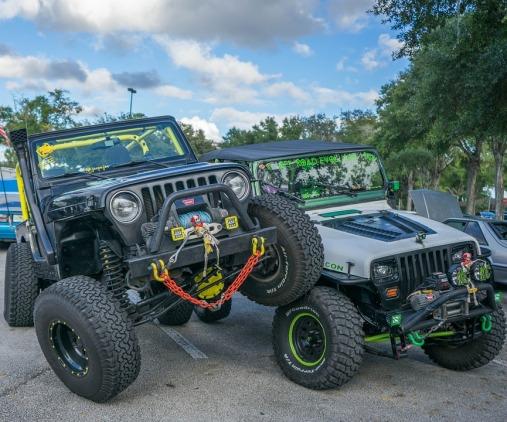 jeeps-981366_960_720